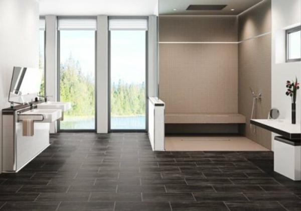 luxuriöses-badezimmer-begehbare-dusche - riesige fenster im bad