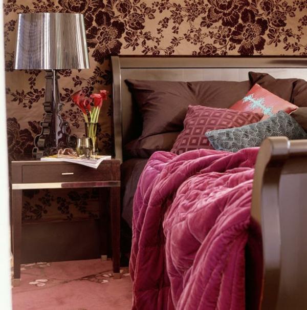 Schlafzimmer violett gestalten ~ Kleine schlafzimmer kreativ gestalten ...