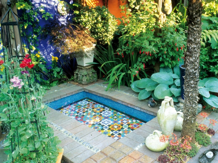 moderne-gärten-gestalten-schöner-garten-ideen-mediterran-gestalten