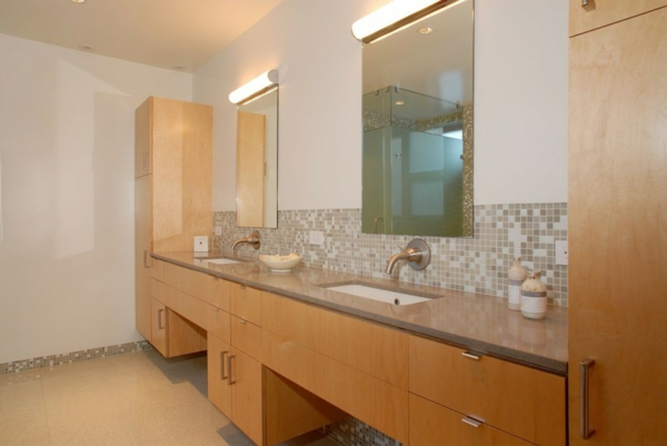 modernes-badezimmer-design-großer-badschrank mit zwei waschbecken