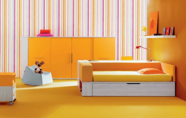 modernes-wohnen-wohnzimmer-in-orange- originelles interieur