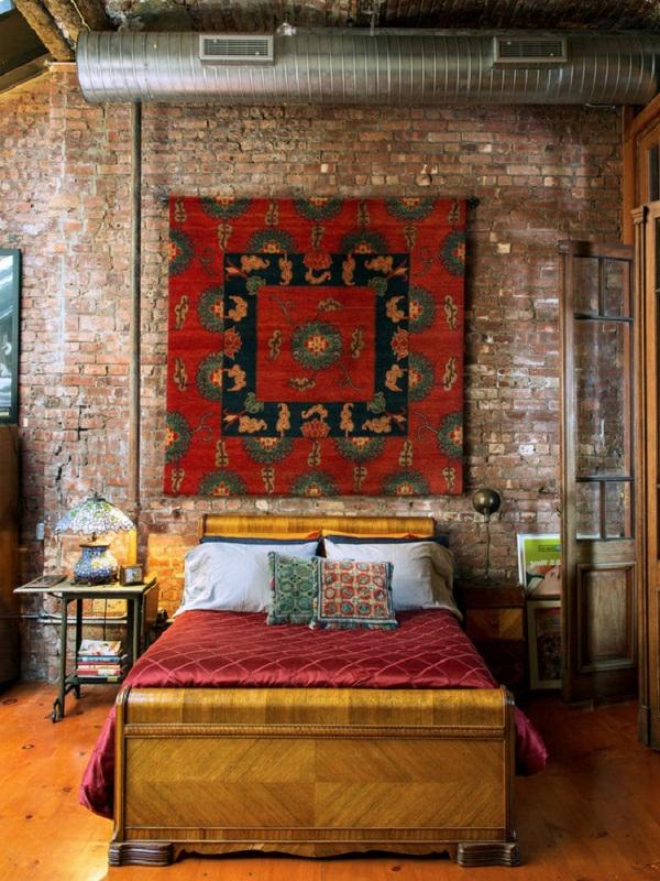 Kreativ Ausgesstattetes Orientalisches Schlafzimmer Mit Einer Wand  Gestaltung Aus Ziegel