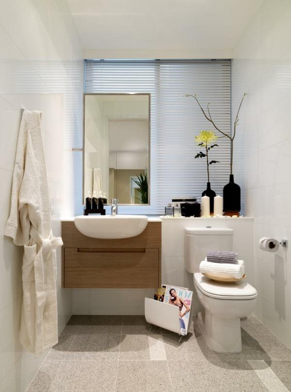 schönes-bad-weiße-gestaltung - deko-blumen