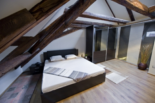 dachwohnung mit einem schlafzimmer - holzelemente