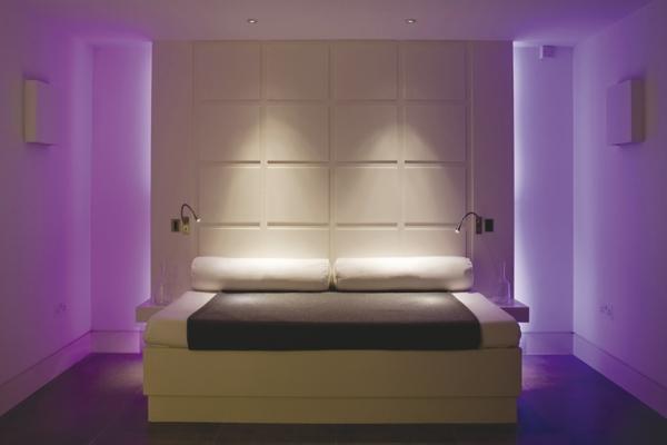 lila farbe für schlafzimmer - moderne beleuchnung