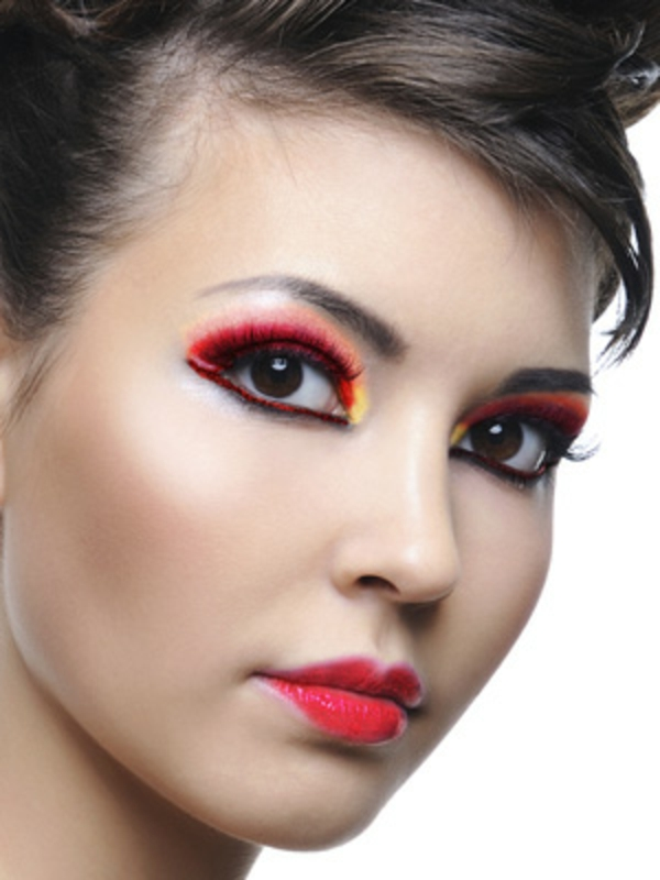 schminken-halloween-modern-und-schön- junge frau