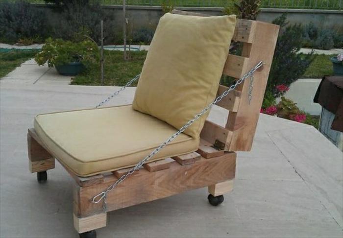 sitzecke-selber-bauen-gartenmöbel-paletten