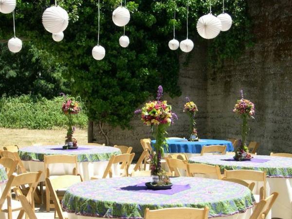 weiße kugel garten party dekorieren