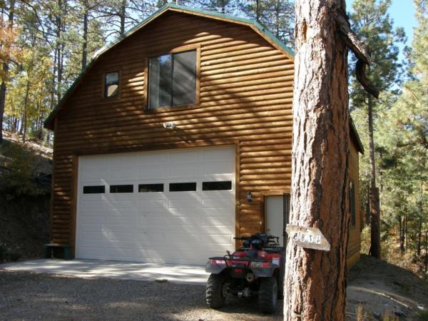 weiße-garage-ultramodern