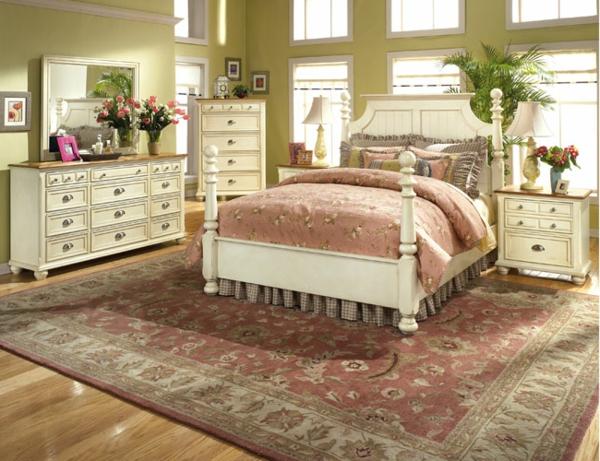 weißes-schlafzimmer-im-landhausstil - teppich und schönes bett