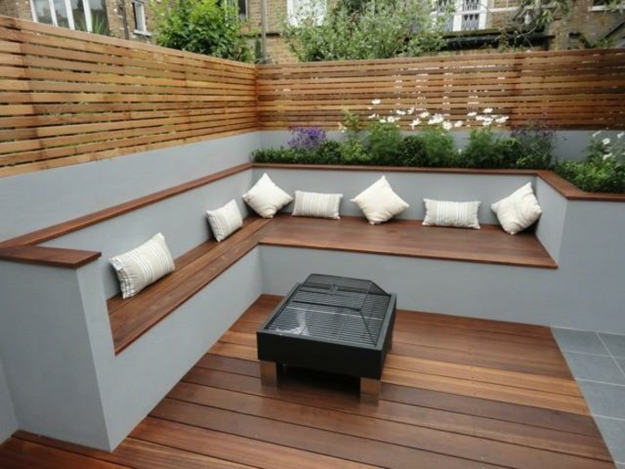 sitzecke garten garten terrasse holzboden sitzecke. Black Bedroom Furniture Sets. Home Design Ideas