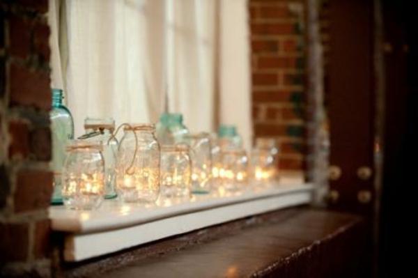 zärtliche-fensterdeko-schlichte-beleuchtung- elegante dekoration