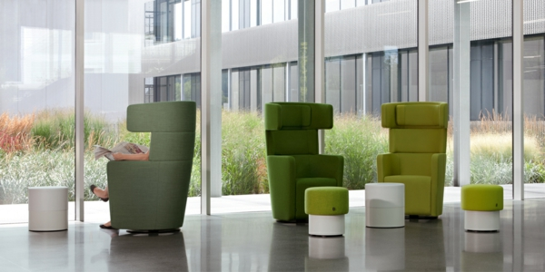 2.2. wing-lounge-sessel-grün