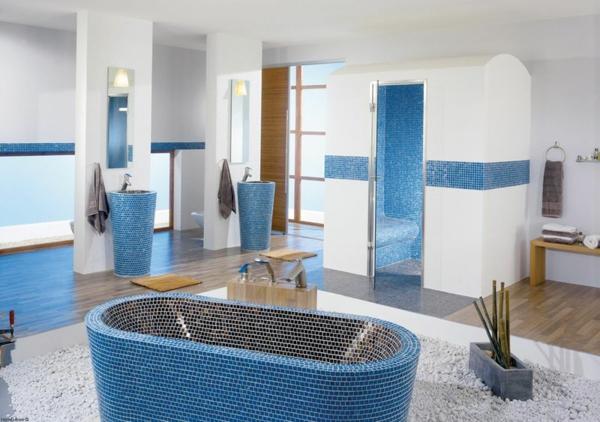 Badezimmer_freistehende_Badewanne_blau Und Schön