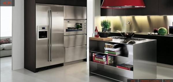 Moderne-Edelstahl-Küche-zwei-bilder - schön gestaltet