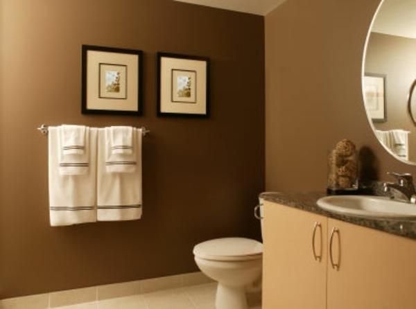 bad-fliesen-ideen-beige-farbe-und-schöne-dekoration -- bilder an der wand
