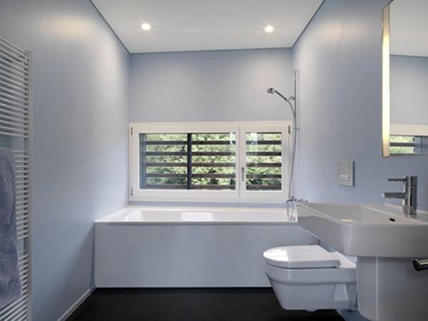 badgestaltung-ideen-weiße-farbe - spiegel und waschbecken