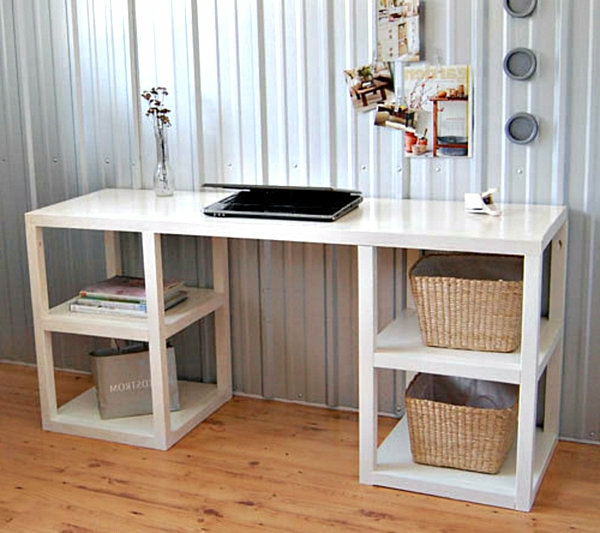 diy schreibtisch wei e farbe regale mit b chern und k rben. Black Bedroom Furniture Sets. Home Design Ideas