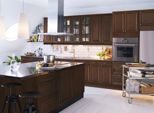 edelstahl-küche-kochinsel - hölzerne arbeitsplatte