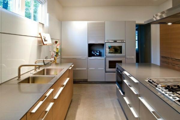 edelstahl-küche-waschbecken-ofen-eingebaut - moderne einrichtung
