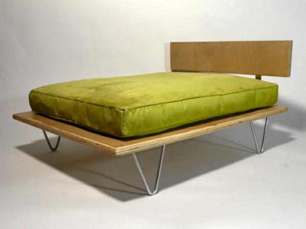 elegantes-orthopädisches-hundebett-grüne-matte- ohne hund