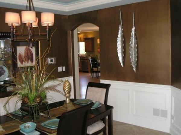 Braune Wandfarbe Für Eine Gemütliches Ambiente Im Zimmer ...