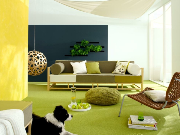 farbdesigner-schöner-wohnen-gelb-grün-und-schwarz - gemütlich