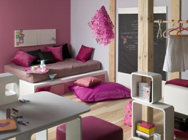 wohnzimmer farblich gestalten wei lila. Black Bedroom Furniture Sets. Home Design Ideas