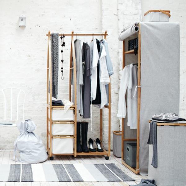 günstige-kleiderschränke-im-weißen-zimmer-schöner-teppich