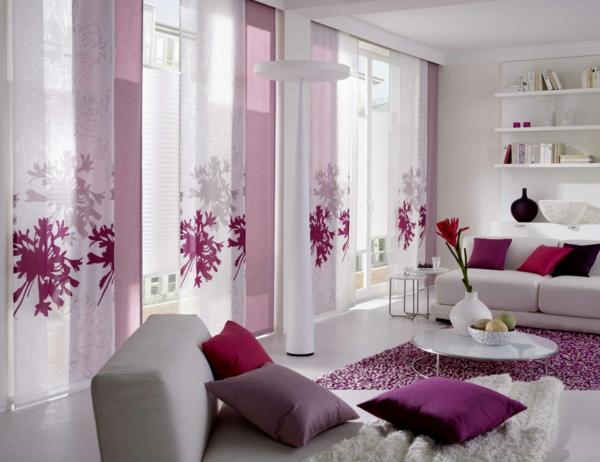 Perfekt Gardinenideen Durchsichtig   Viele Dekokissen 37 Gardinendekoration  Beispiele Für Ihr Zuhause!