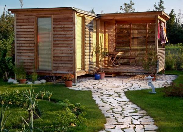 Gartenhaus schwedischer stil  Gartenhaus Schwedenstil - ultramodern und super bequem - Archzine.net