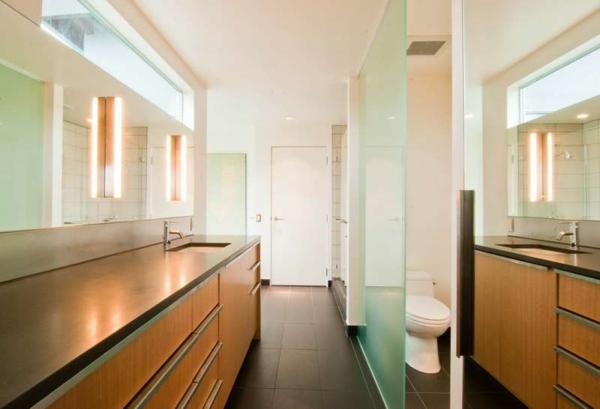 glastüren-innen-im-badezimmer- und schöne schränke