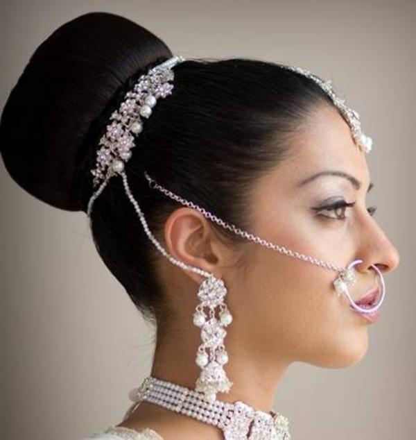 hübsche-braut-arabische-hochzeitsfrisur- eleganter look