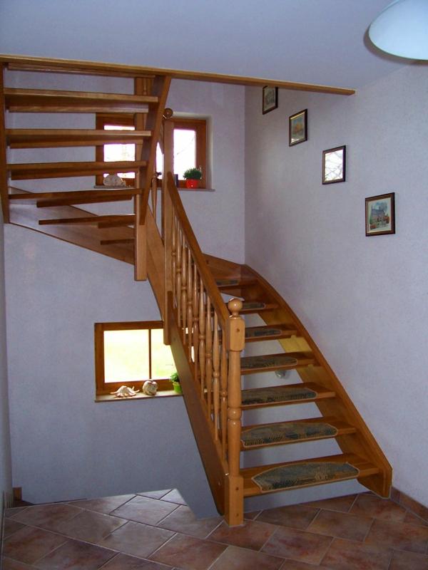 halbgewendelte treppe konstruieren. Black Bedroom Furniture Sets. Home Design Ideas