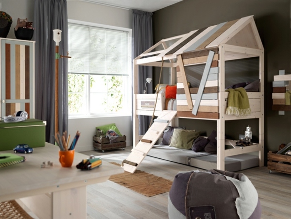 abenteuerbetten f rs kinderzimmer 25 atemberaubende. Black Bedroom Furniture Sets. Home Design Ideas