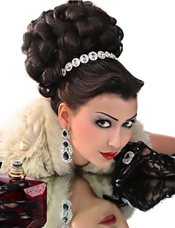 hochzeitsfrisuren-arabisch-wunderschön-aussehen- königin look
