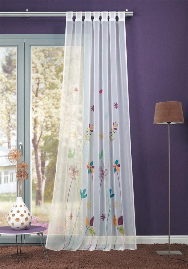 ikea-gardinen-weiß-deko - wand in lila