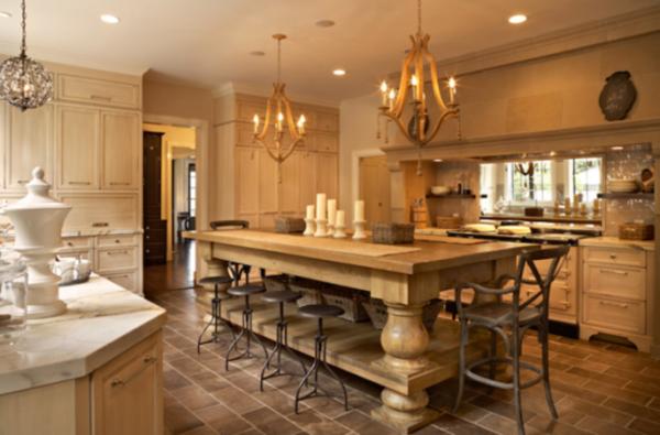 küche-mit-insel-luxus