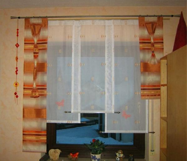 küchengardinen-ideen-orange-nuancen - wand in beige