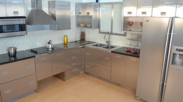 küchenspüle-edelstahl-küche - moderne küchenarbeitsplatte