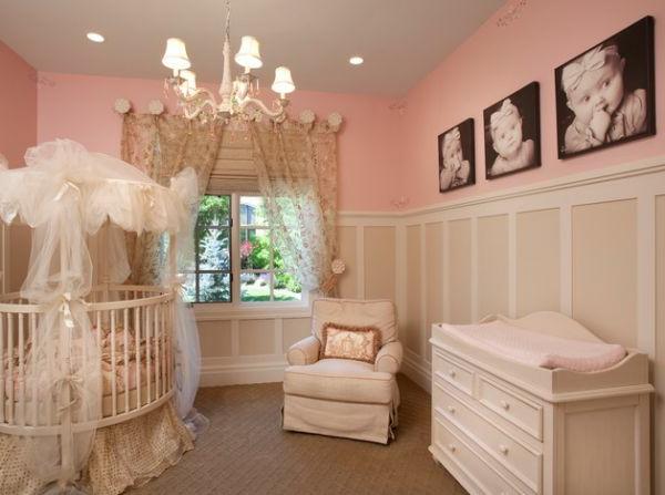 kinderbett-mädchen-rosige-zimmergestaltung - bilder an der wand