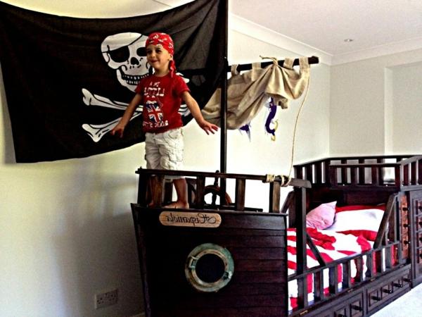 Kinderbett piratenschiff  Kinderbett Junge Pirat | andorwp.com