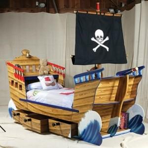 Piraten Kinderbett macht so viel Spaß!
