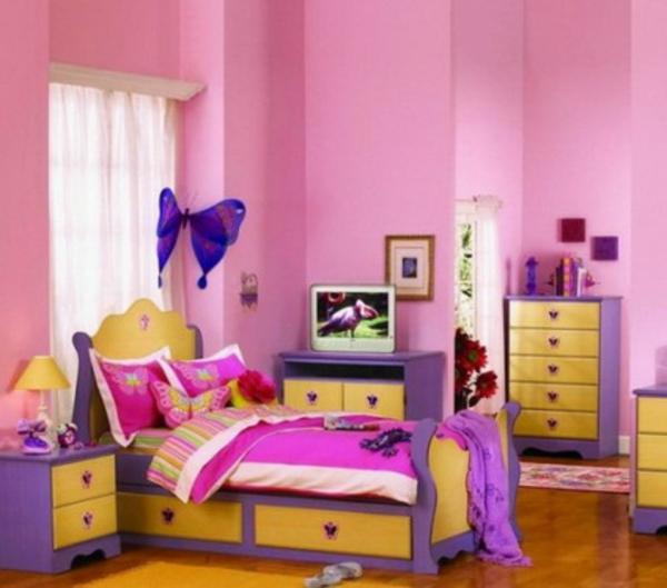 Kinderzimmer ideen für mädchen schmetterling  Kinderzimmer streichen - lustige Farben für eine freundliche ...