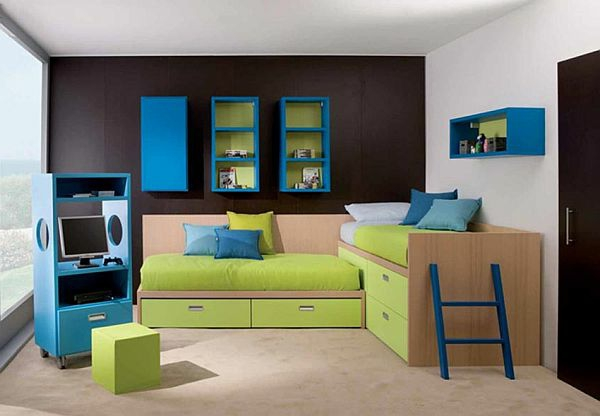 kinderzimmer streichen lustige farben f r eine. Black Bedroom Furniture Sets. Home Design Ideas