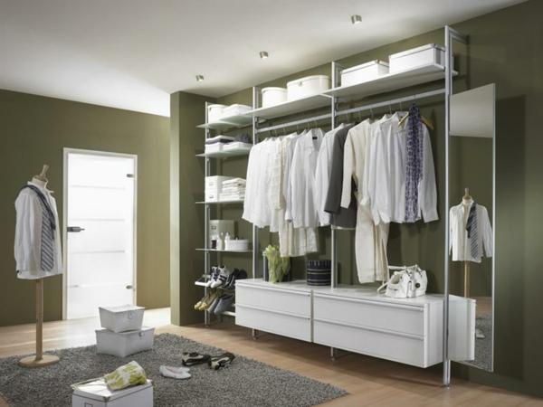 kleiderschrank-offenes-design-im-großes-ankleidezimmer-hemden-in ...