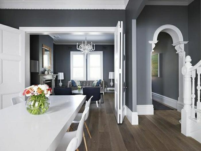 luxuriöses-esszimmer-mit-wandfarbe-grau-schöne-wohnbeispiele