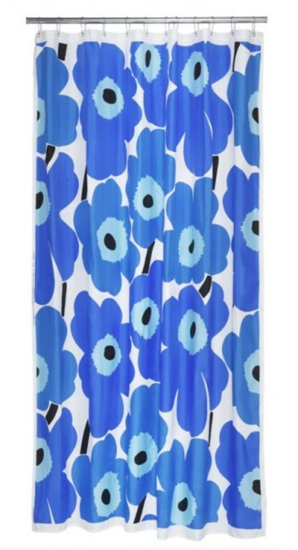 marimekko-online-shop-blaue-gardinen-für-badezimmer - hintergrund in weiß