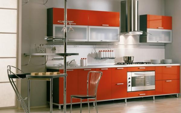 moderne-küche-mit-roten-küchenmöbeln- italienische küche gestalten