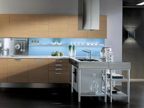 moderne-kuche-aus-holzfurnier-edelstahl - einbauspülbecken